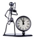 Skulptur mit Uhr Posaune
